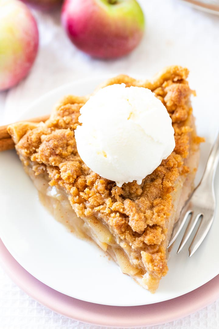 Apple-Crumble-Pie-Plated-Cravings-16