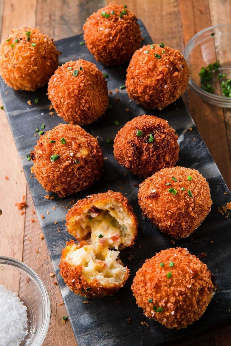 thanksgiving-appetizers-fried-mashed-potato-balls-1572891945